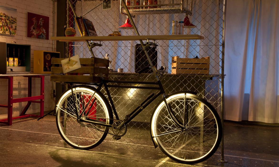 The shelf bike light by roumelight